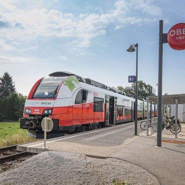 CITYjet credits 375x375 - CO2 neutrales Reisen mit dem ÖBB Cityjet eco