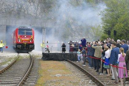 Loktaufe 01 1920x1154 foto credit 420x280 - Stern & Hafferl Verkehr setzt Trends im modernen Güterverkehr